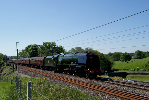 'Coronation' pacific 46233 'Duchess of Sutherland' at Bay Horse 26/05/12