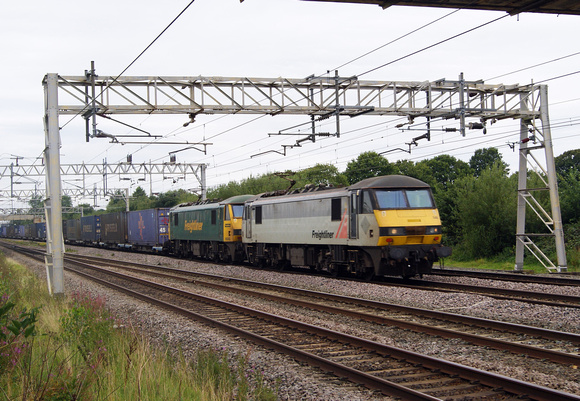 Two Class 90s at Acton Bridge on a southbound intermodal train. August 2017
