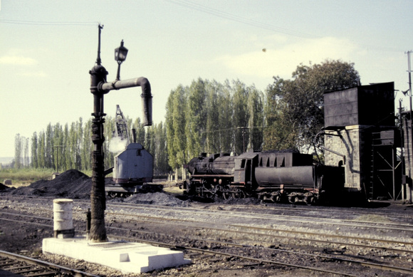 Loco shed at dinar with 565xx 2-10-0 at the coaling point