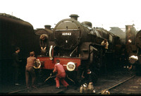'Crab' 42942 being cleaned in preparation for working an August Bank Holiday special to Llandudno.
